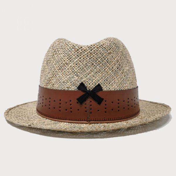 Cappello paglia naturale e cinta marrone di cuoio