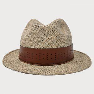 Cappello di paglia con cinta di cuoio