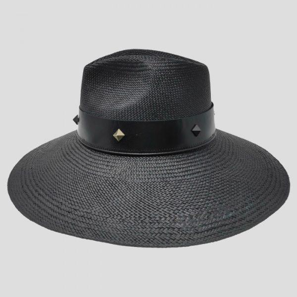 Cappello Drop ad Ala Larga in Panama Brisa con Cinta in Pelle e Borchie