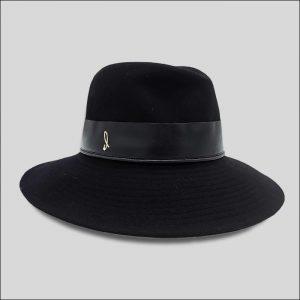 Cappello da donna ad ala larga nero con cinta in pelle