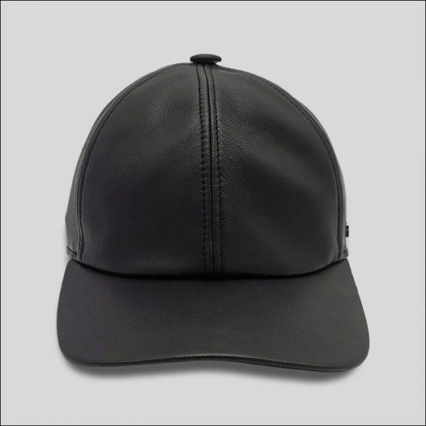 berretto con visiera in pelle nero