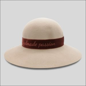 Cappello ala larga cinta velluto