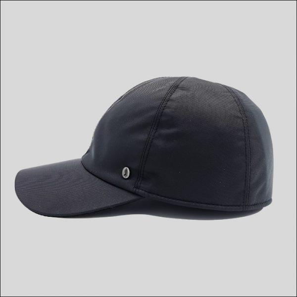 Baseball in tessuto impermeabile nero