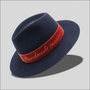 Cappello Drop in feltro di lapin rasato con cinta in velluto Modello Delano