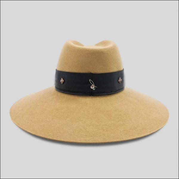 Cappello ala larghissima da donna